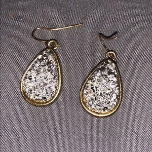 Gorgeous crystal drop earrings